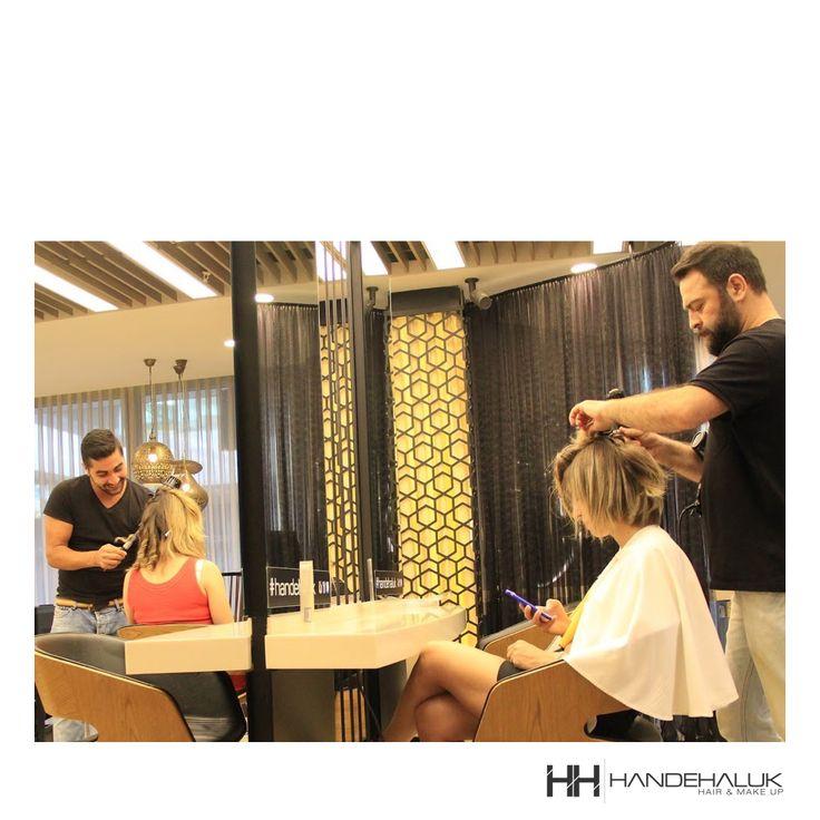 Pazartesi sendromuna izin vermeyin! İyi haftalar... #HandeHaluk #ulus #zorlu #zorluavm #zorlucenter #hair #hairstyle #hairdye #hairdo #hairoftheday #hairfashion #hairlife #hairlove #hairideas #hairsalon #hairartist #hairtrends #hairstylists