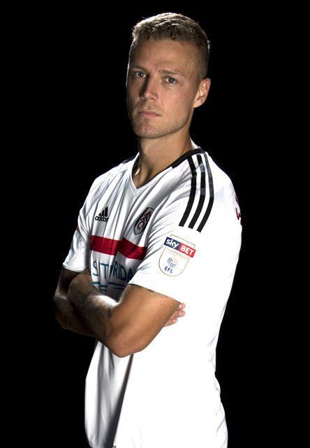 Ragnar Sigurdsson | Fulham Football Club
