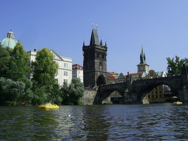 Charles Bridge, Prague, Czech Republic — by David Wildridge