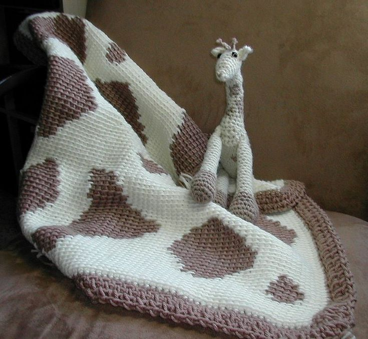 Baby Giraffe Hat Knitting Pattern : Giraffe Baby Blanket Knitting Pattern Knits and Knots ...
