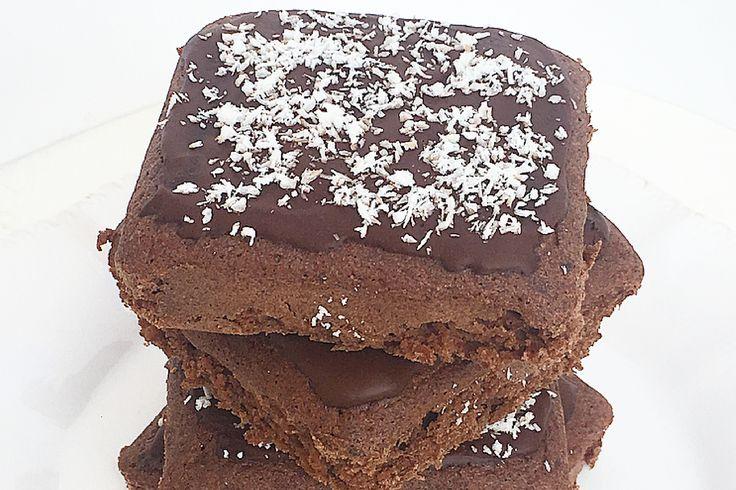 Brownies al cioccolato, senza burro e zucchero.