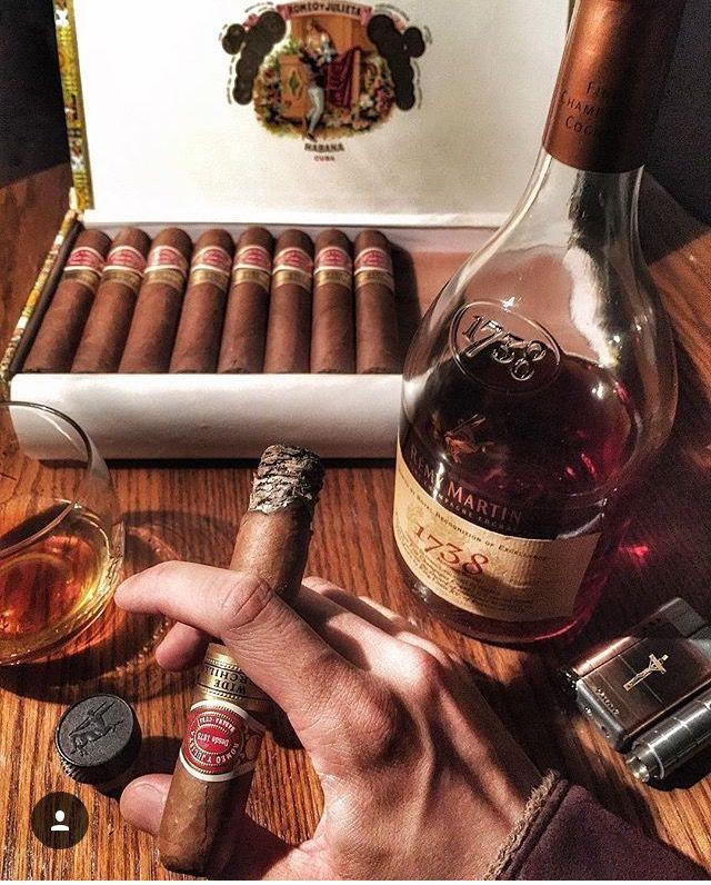 Смешные статусами, поздравительная открытка виски сигары