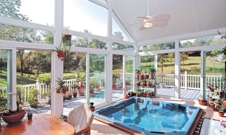 Tropical Hot Tub with Transom window