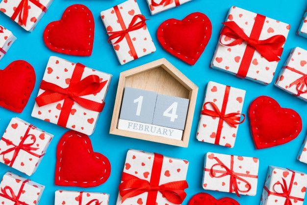 عيد الحب وما هي قصته وما مظاهر الاحتفال به في الدول In 2020 Wooden Calendar Red Textiles White Gift Boxes