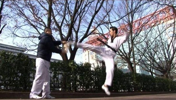 Big Star's FeelDog, INFINITE's Hoya, and 2PM's Chansung show off their taekwondo moves | http://www.allkpop.com/article/2014/03/big-stars-feeldog-infinites-hoya-and-2pms-chansung-show-off-their-taekwondo-moves
