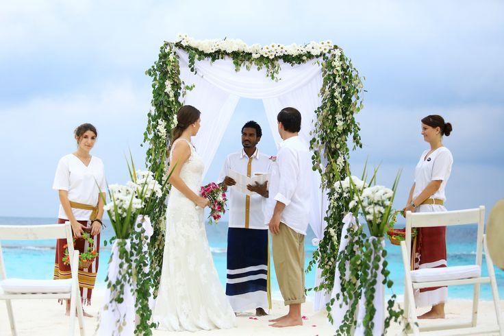 17 Best Images About BEACH + SUMMER WEDDING IDEAS On