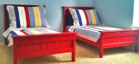 ana white's toddler farmhouse beds, perfect for the twin's bedroom, just need to decide on a paint color to show off the mendocino quilts