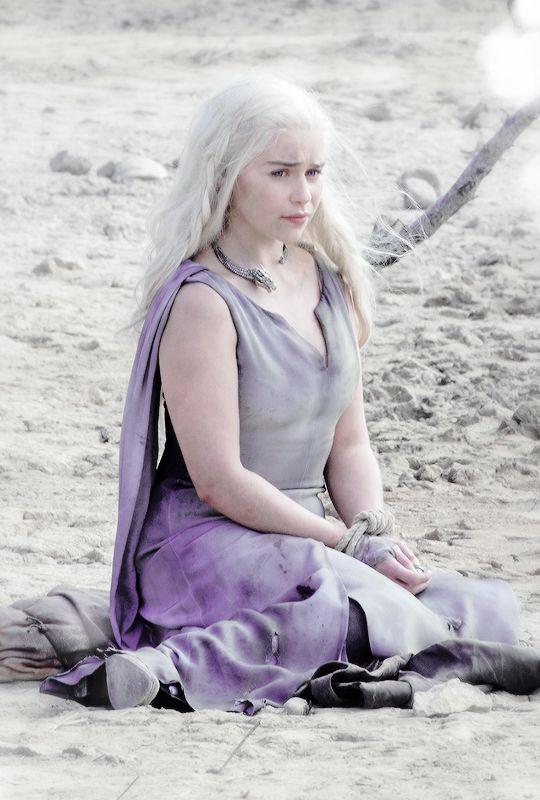 stormbornvalkyrie:    ♕ Daenerys Targaryen in Game of Thrones Season 6