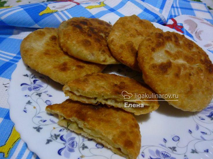 Лепешечки с картошечкой! Лучший рецепт!  http://ligakulinarov.ru/recepty/lepeshki/kartofel/lepeshechki-s-kartoshechkoy-103577