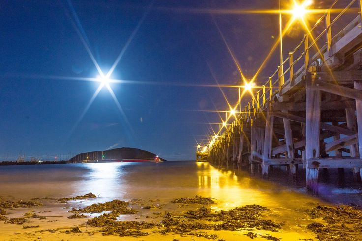 Coffs Harbour Jetty and Mutton Bird Island at low tide