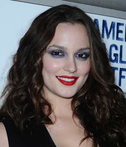 This is a makeup don't. Leighton Meester is wearing waaay to much makeup.Prom Seasons, Makeup Don T, Plus Size Teen, Wear Waaay, Styling Tips, Leighton Meester, Style Tips