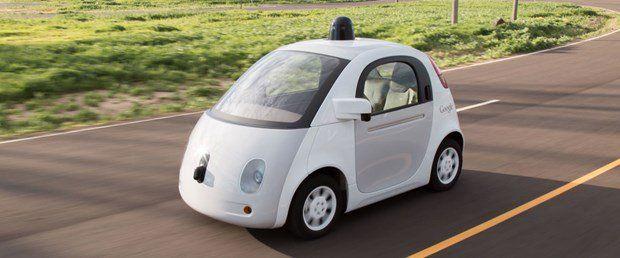Google'ın İnsansız Otomobili İlk Kazasını Yaptı, Bilin Bakalım Kimle?