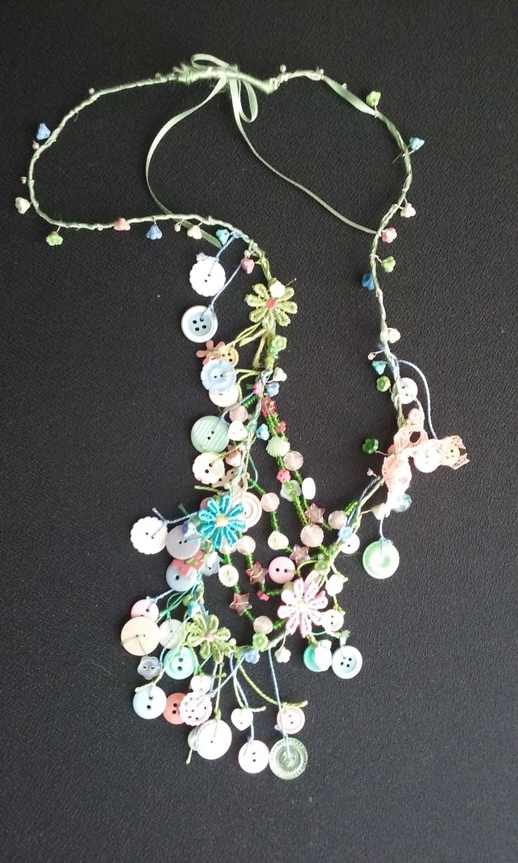 Summer nacklace, recycled buttons, beads, fiber flowers...by Ylva Sillén