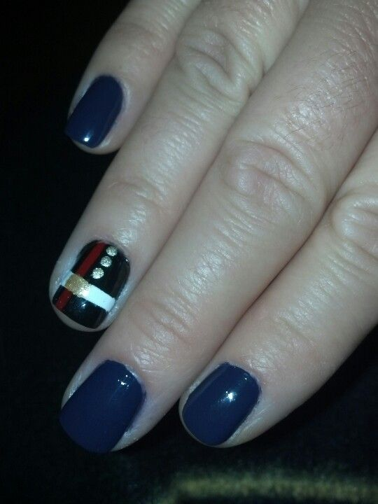 USMC nails I did it! Dress Blue accent nail for USMC bday and Veteran's Day. :)