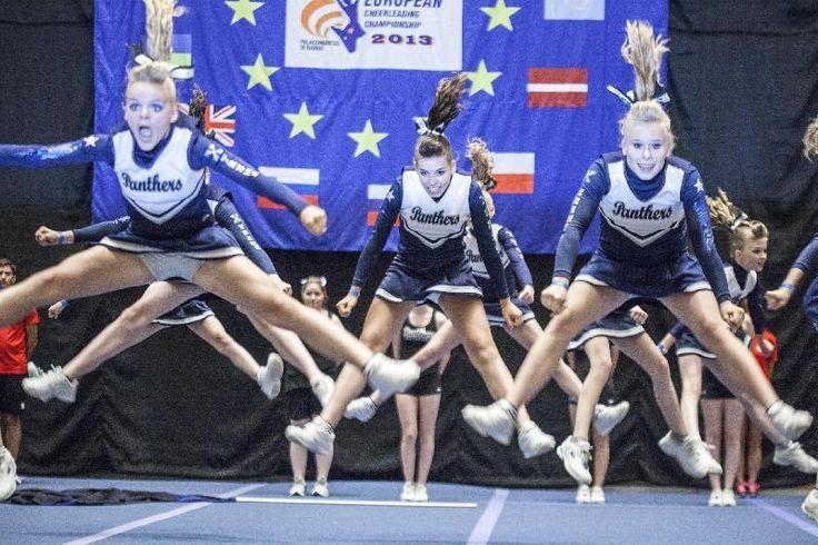 """Il Resto del Carlino: """"Cori e salti mozzafiato A Rimini il mito americano delle cheerleaders"""" - Articolo e PhotoGallery: http://www.ilrestodelcarlino.it/rimini/cronaca/2013/06/28/911579-Cheerleaders-rimini-campionati-europei.shtml"""