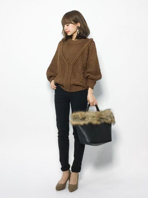 titivateのニット・セーター「【小山田早織着用】デザインケーブルニット」を使ったeriko(ZOZOTOWN)のコーディネートです。WEARはモデル・俳優・ショップスタッフなどの着こなしをチェックできるファッションコーディネートサイトです。