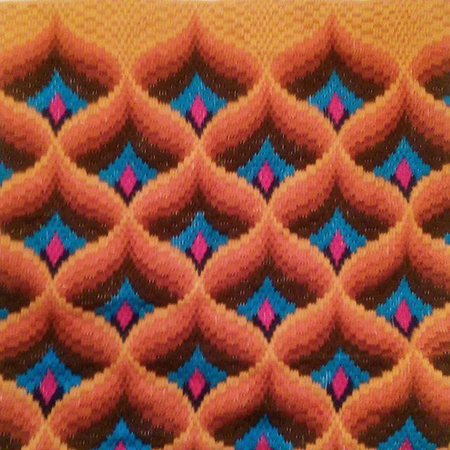 Sometimes I just need to relax and do some repetitive work (: . . . #textileart #colorgasm #sewing #contemporaryart #new #art #eatenkate #embroidery #studiolife #contemporarycraft #stitching #sweden #crafts #konsthantverk #needlepoint #stitchersofinstagram #tapestry #embroiderersofinstagram #feelingstitchyig #swedish #fiberart #fiberartsweden #needlecraft #konst #kunst #taide #borduren #broderi #dutchartist #dutchart