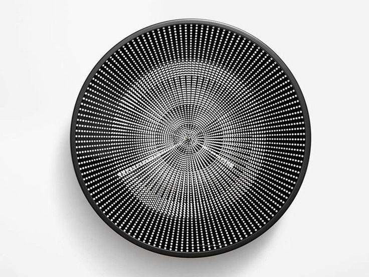 Téléchargez le catalogue et demandez les prix de horloge mural en plastique Eclipse, design Constance Guisset au fabricant Petite Friture