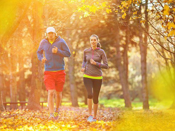 Regelmäßige Bewegung kann Herz-Kreislauf-Erkrankungen und Stoffwechselstörungen vorbeugen. Doch wie viel Bewegung braucht der Mensch tatsächlich?