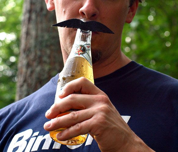 love this! - Mustache Beer Markers