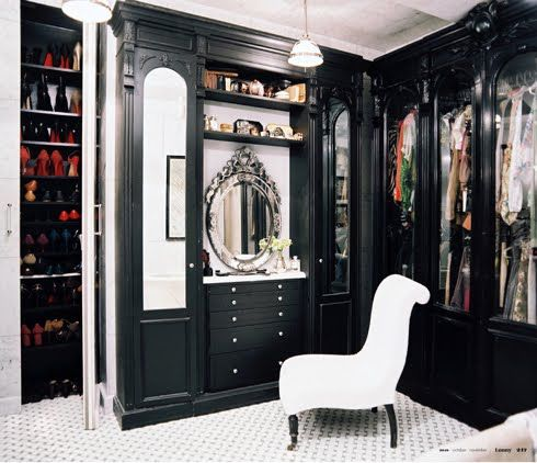 Celerie Kemble interiors.: Decoration, Black And White, Dream Closet, Closet Design, Dreamcloset, Black White, Glasses Doors, Dresses Rooms, Walks In