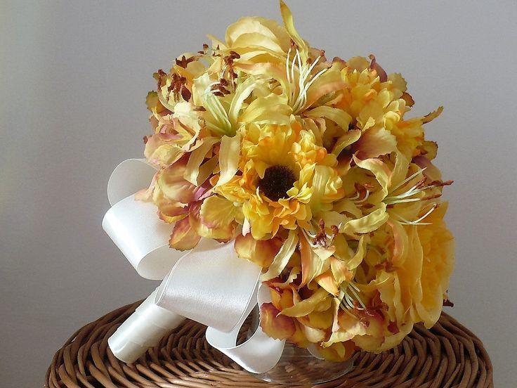 Svatební+kytice+žluto-okrová+Svatební+kytice+a+korsáž+pro+ženich+z+uměých+květin.