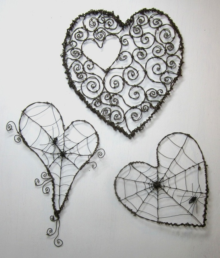 :)tangles- note-this would be a cool project for my art classes with wire or pipe cleaners.: Heartart, Wire Work, Wire Heart, Web Heart, Heart Art, Barbed Wire Art, Master Bedrooms, Tops Heart, Spiders Web