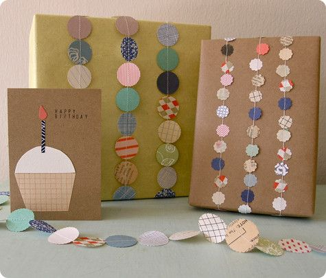 Reuse paper scraps to make recycled cards and garlands to decorate gifts