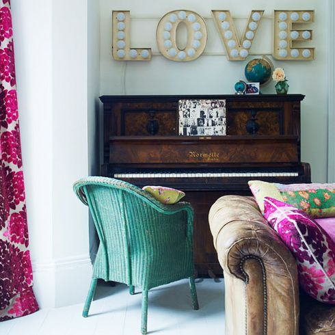 lovely: Decor, Living Rooms, The Piano, Interiors, Colors, Love Signs, Vintage Signs, Old Piano, Wicker Chairs