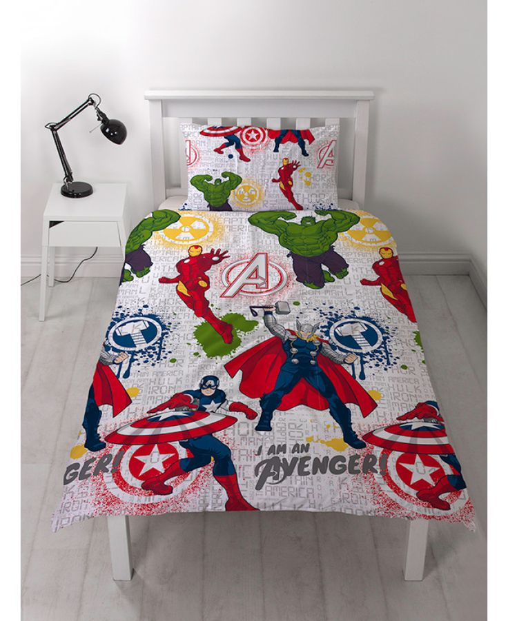 This Marvel Comics Mission Single Duvet Cover Set features Marvel favourites including Iron Man, Captain America, Thor and the Hulk and is perfect for superhero fans of all ages! Free UK delivery available.