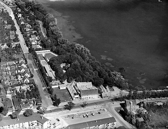 Ved Damhuskroen 1937