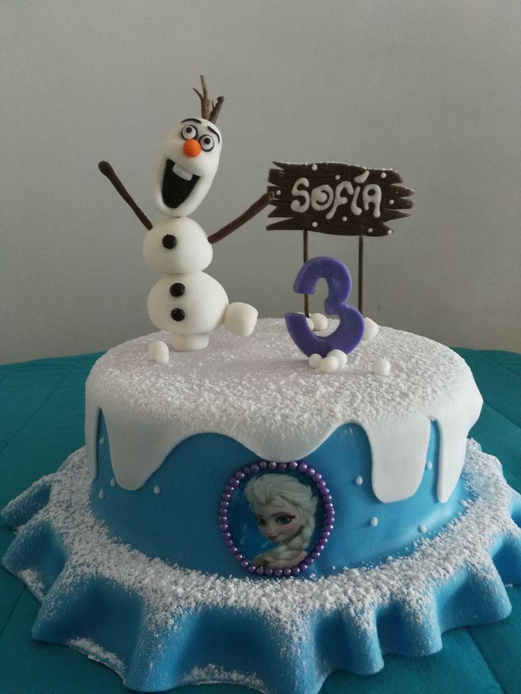 Torta de frozen, media libra 21cm de diametro. By Mia Reposteria cali