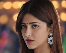 Shruti-Hassan-Latest-Spicy-Stills-10