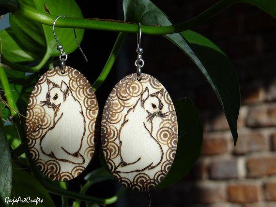 Hanging boho-style wooden cat earrings by GajaArtCrafts on Etsy