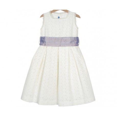 www.pepaonline.com  Estará ideal! Vestido de lino perforado marfil con fajín lila en Outlet de Ceremonia. Aprovecha y compra online su vestido de ceremonia al mejor precio