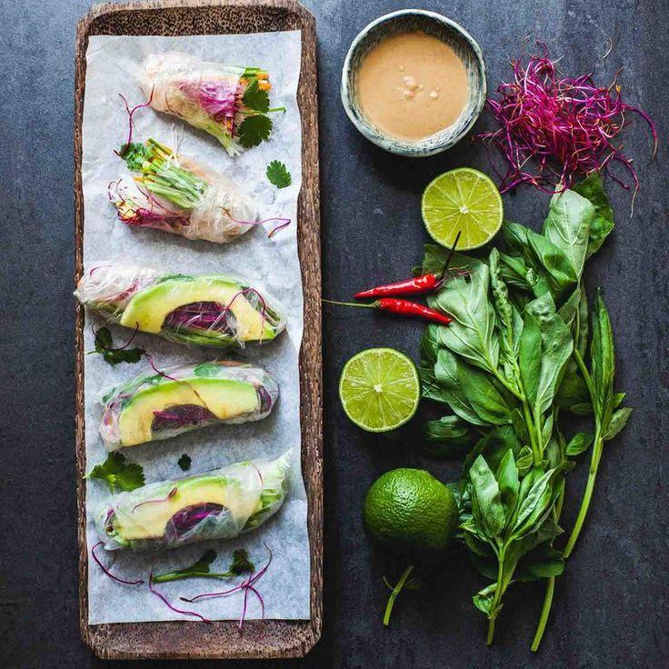 Vietnamese Vegan Summer Rolls with Peanut Sauce - www.madelinelu.com: