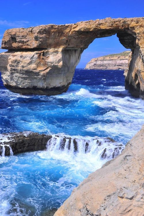 Ilha de Malta | Mar Mediterrâneo.   ♥♥ Uma pena esse arco não existir mais, ruiu durante uma tempestade