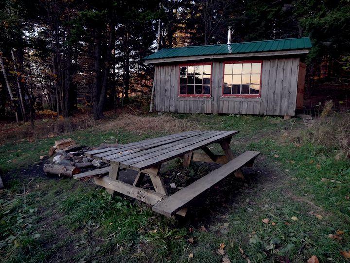 Cabin Porn : Spruce Cabin inMerck Forest, Vermont, USA.