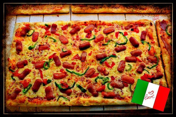 Pizza Hot Dog.. Irresistible!