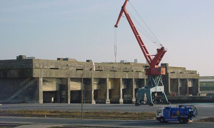 La Rochelle - La base sous-marine de La Pallice. © Région Poitou-Charentes, inventaire du patrimoine culturel /