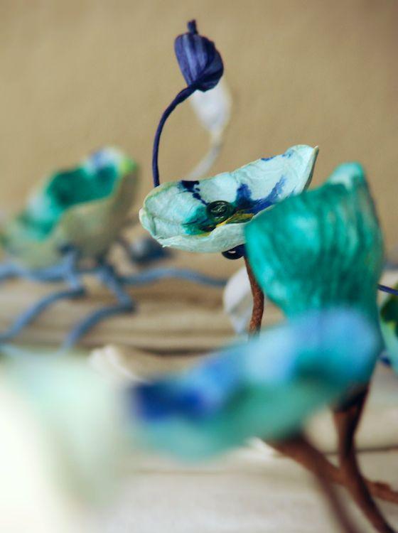 Matrimonio ecologico stile Monet.Ramage decorativo per la tavola con fiori di carta . Green wedding , paper flowers ramage,  table decor . Eco design by Alessandra Fabre Repetto
