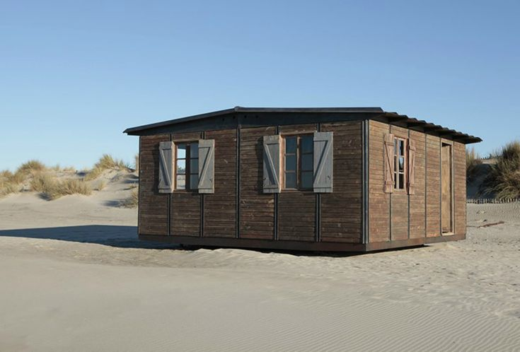 Galerie Patrick Seguin has been promoting demountable houses by Jean Prouvé for over 25 years and currently presents his largest collection.