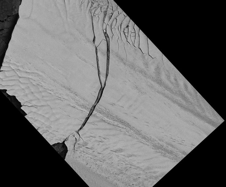 Space pictures reveal that the longest glacier in Antarctica has calved an iceberg the size of New York City after a huge crack split the ice shelf
