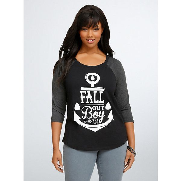 Torrid Fall Out Boy Raglan Tee (94 BRL) ❤ liked on Polyvore featuring tops, t-shirts, sports tees, sporty t shirts, plus size tops, sport tee and womens plus tops