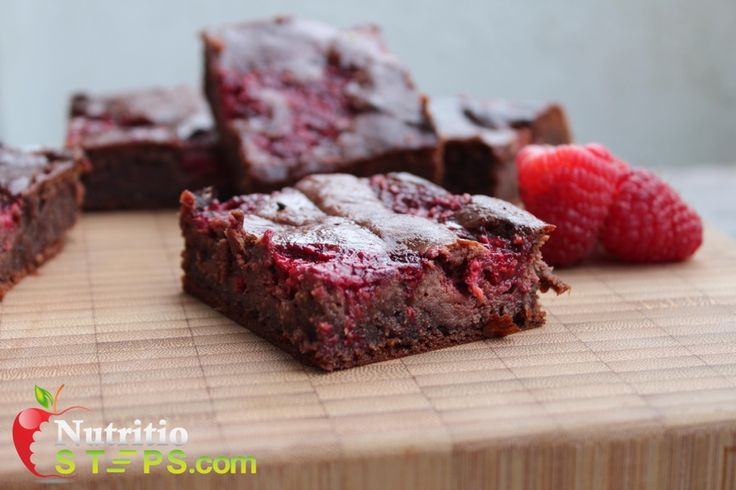 GRAIN FREE PEANUT BUTTER DARK CHOCOLATE RASPBERRY BROWNIES