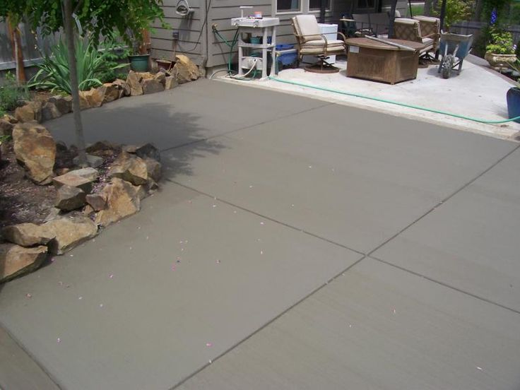 Cement patio finishes broom finish patio addition veneta for Acid wash concrete patio