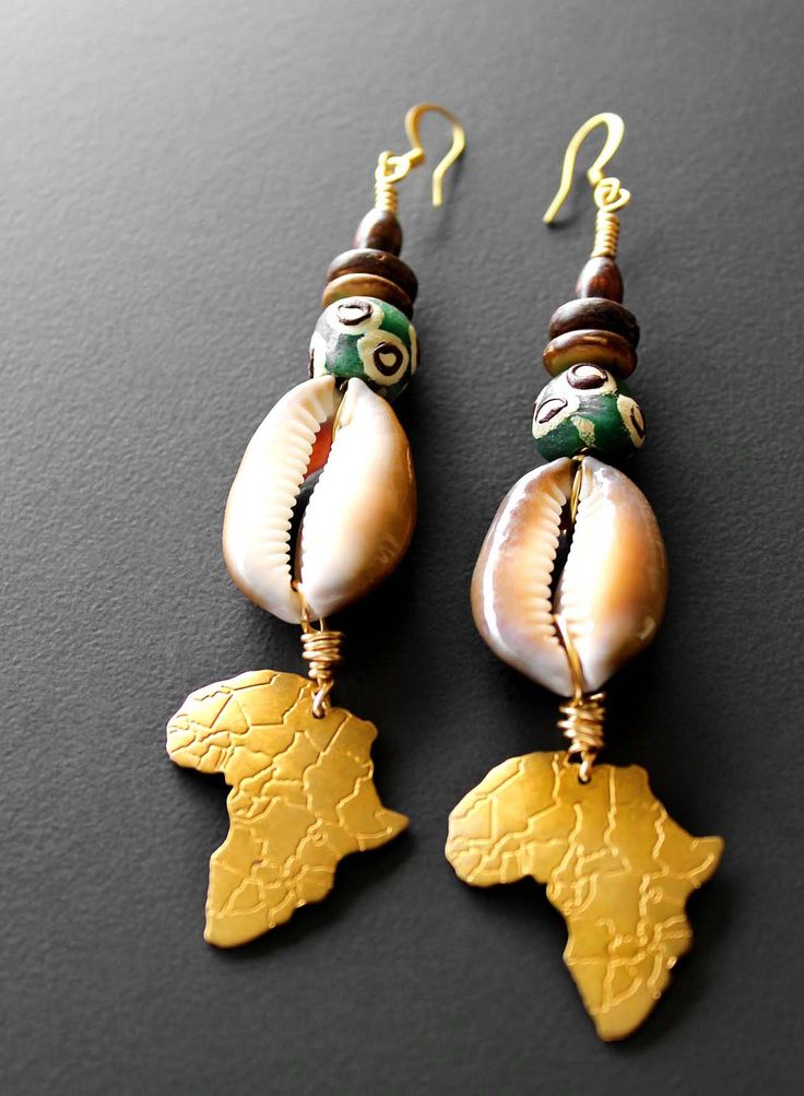 brass Africa map pendants, cowry shells, African beads afriquelachic.com