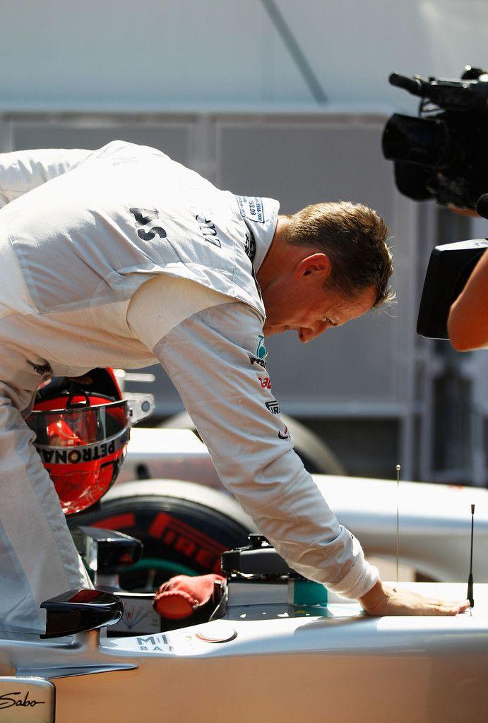 Michael Schumacher Photos: F1 Grand Prix of Monaco - Qualifying