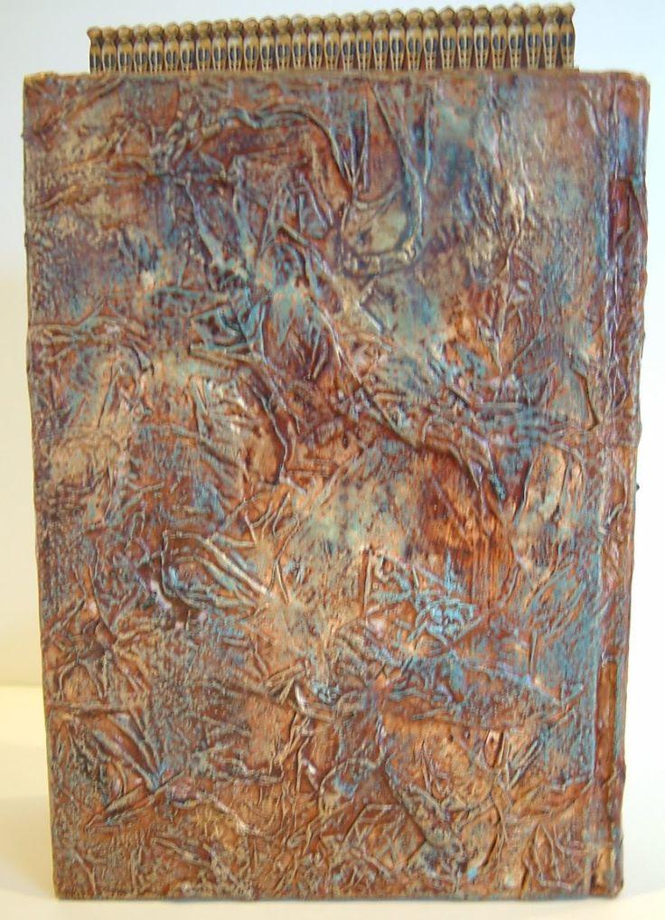 """Tissue Paper Texture Technique Tutorial получается очень красивое покрытие, а надо то- всего лишь порванные на клочки бумажки, клей, тонировать потом все в желаемый оттенок даже при помощи разведенного битума, которое сразу снимается тряпочкой в местах излишнего покрытия, а сверху покрывается патиной """" Золото инков"""" и золотой поталью или золотым воском."""