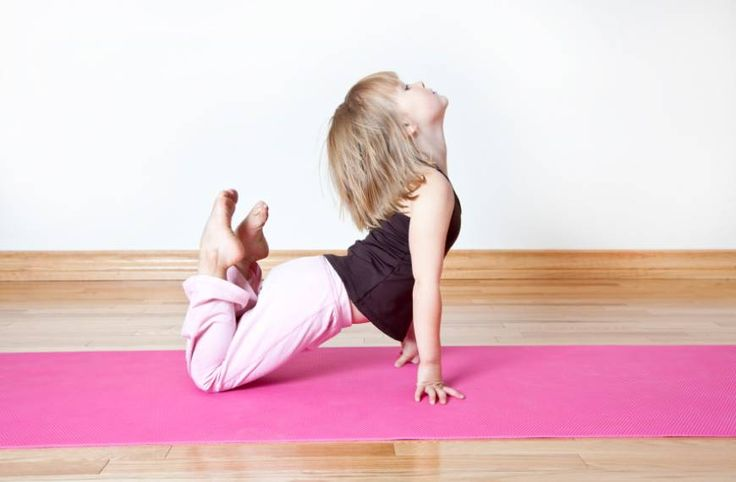 "Teaching Yoga for a kids' sports team helps them improve concentration and agility, and done together as a group, is an excellent ""team building"" exercise. #‎teaching‬ ‪#‎yoga‬ ‪#‎sportsteams‬ #‎childrenssports‬ http://www.aurawellnesscenter.com/2011/09/06/teaching-yoga-to-children%E2%80%99s-sports-teams/"